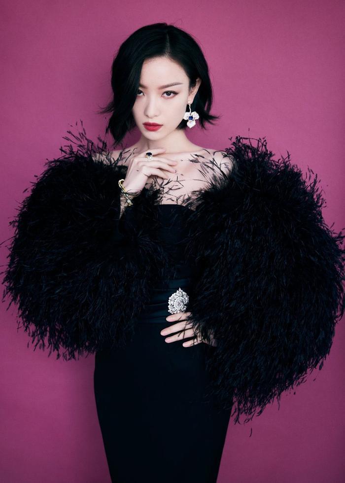 Đêm hội Văn hóa thời trang: Cận cảnh nhan sắc Vương Tuấn Khải - Lý Hiện, Lưu Thi Thi đọ sắc Angela Baby! Ảnh 10