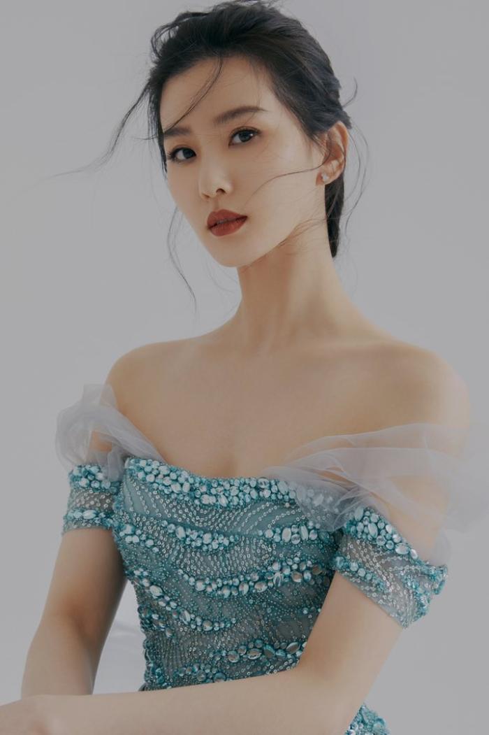 Đêm hội Văn hóa thời trang: Cận cảnh nhan sắc Vương Tuấn Khải - Lý Hiện, Lưu Thi Thi đọ sắc Angela Baby! Ảnh 26