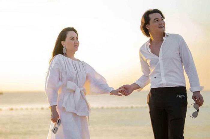 6 năm bên nhau của Quách Ngọc Ngoan - Phượng Chanel: Kệ tai tiếng, yêu mặn nồng rồi chia tay bất ngờ Ảnh 5