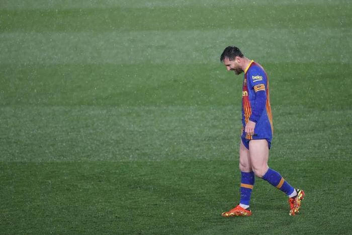 Messi lại không không ghi bàn, kiến tạo khi thiếu Ronaldo ở Siêu kinh điển Ảnh 2