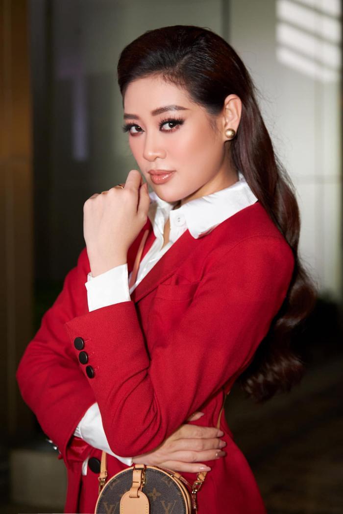 Khánh Vân: 'Tôi đam mê thi sắc đẹp, đầy tự hào khi đại diện Việt Nam tại Miss Universe 2020' Ảnh 5