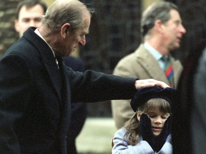 17 khoảnh khắc chứng minh Hoàng thân Philip chỉ là một người ông bình thường Ảnh 12