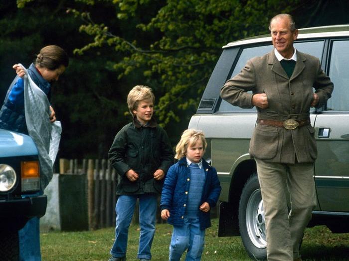 17 khoảnh khắc chứng minh Hoàng thân Philip chỉ là một người ông bình thường Ảnh 1