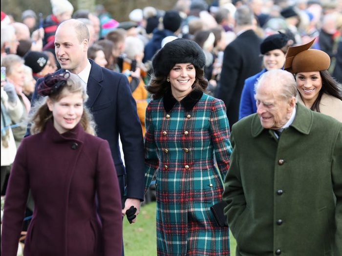 17 khoảnh khắc chứng minh Hoàng thân Philip chỉ là một người ông bình thường Ảnh 16