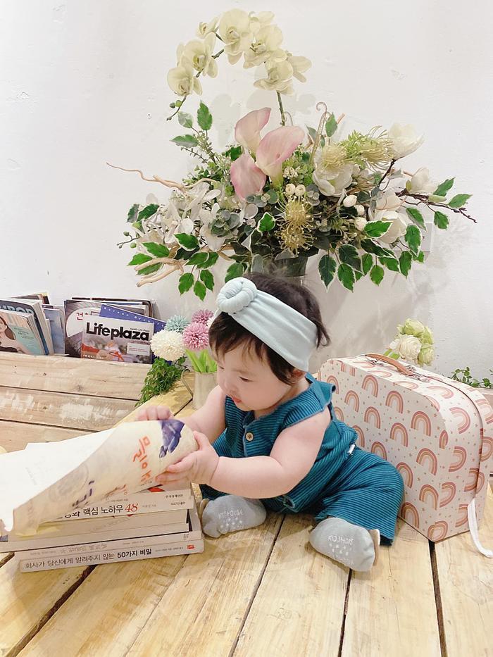 'Tiểu công chúa' nhà Ông Cao Thắng - Đông Nhi - Winnie tự giác học hành, xứng đáng nhận phiếu bé ngoan Ảnh 1