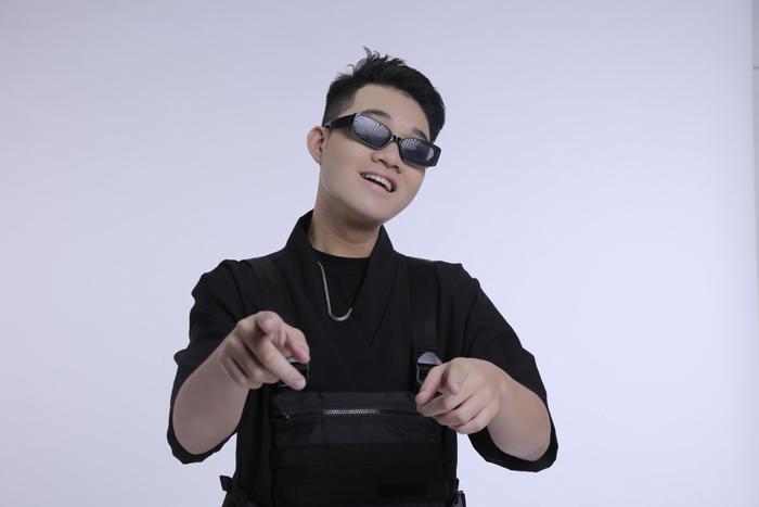 Kenji: 'Sau King Of Rap, anh HIEUTHUHAI tỏa sáng đúng phong độ, tôi ngưỡng mộ tài năng của anh Right' Ảnh 3