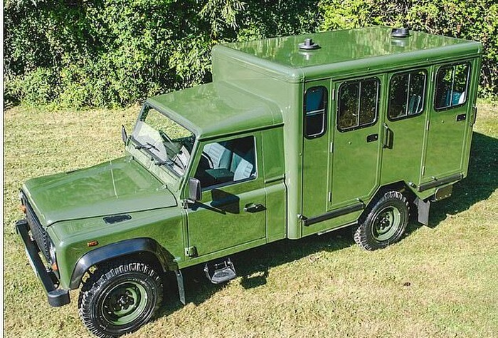Hoàng thân Philip từng tự thiết kế xe tang để chở quan tài của mình Ảnh 1