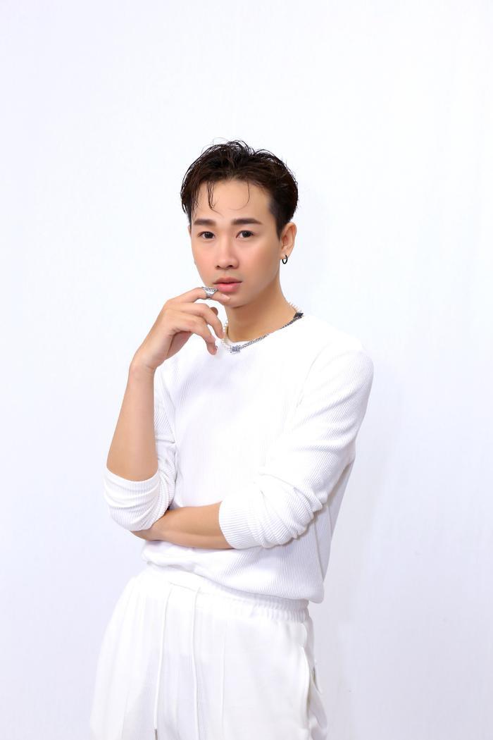 Hải Triều lên tiếng việc thường xuyên 'giả gái': 'Cái áo ngực là chén cơm, nhờ nó mà tôi sống được' Ảnh 5