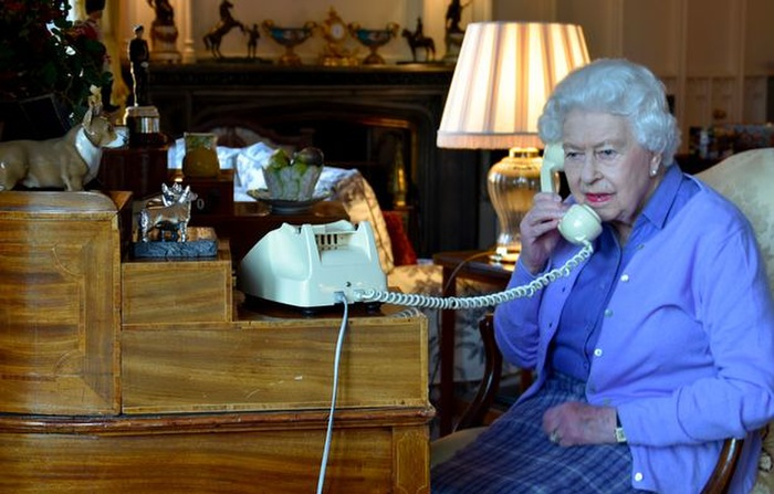 Lời phàn nàn duy nhất của Hoàng thân Philip về Nữ hoàng trong cuộc hôn nhân hạnh phúc hơn 7 thập kỷ Ảnh 1