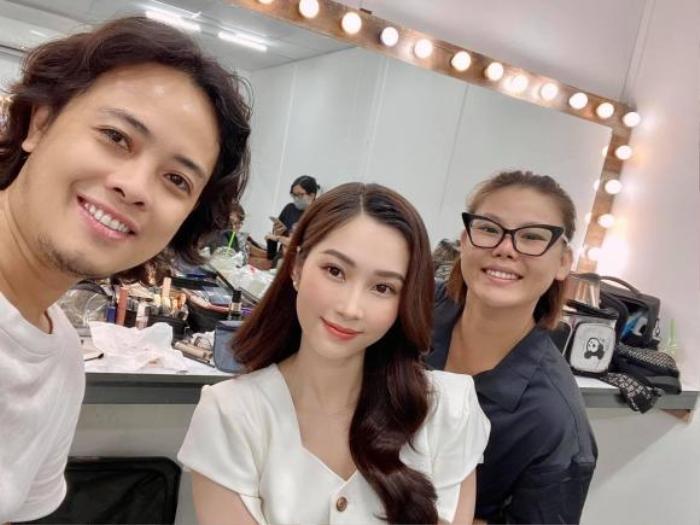 Hoa hậu Đặng Thu Thảo mãn nhãn fan với nhan sắc 'thần tiên tỉ tỉ' qua camera thường Ảnh 4