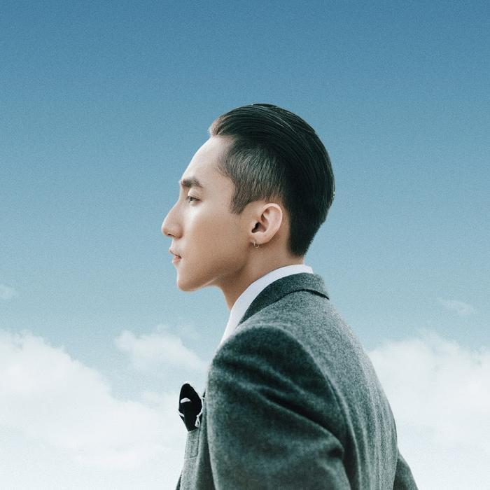 Sơn Tùng tiếp tục bị soi điểm giống nhau với G-Dragon trong poster 'Muộn rồi sao mà còn' Ảnh 3