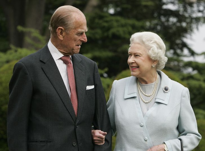 Hoàng gia tách hoàng tử William và Harry trong đám tang của Hoàng thân Philip Ảnh 3