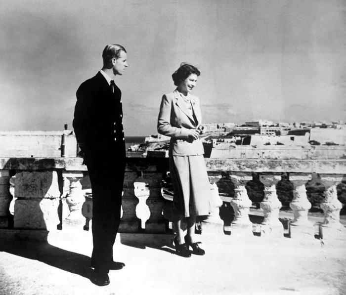 Căn nhà đầy kỉ niệm của Nữ hoàng và Hoàng thân Philip khi mới cưới Ảnh 2