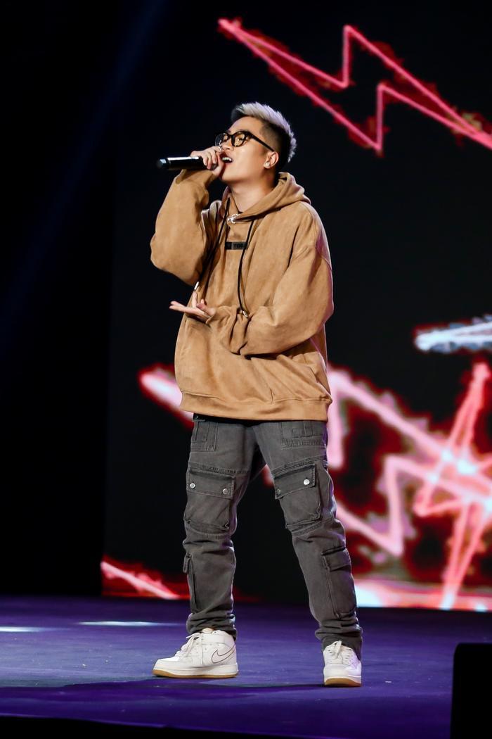 Rapper Right quý mến Lona, ấn tượng tài năng của Đăng Bách GHVN New Generation