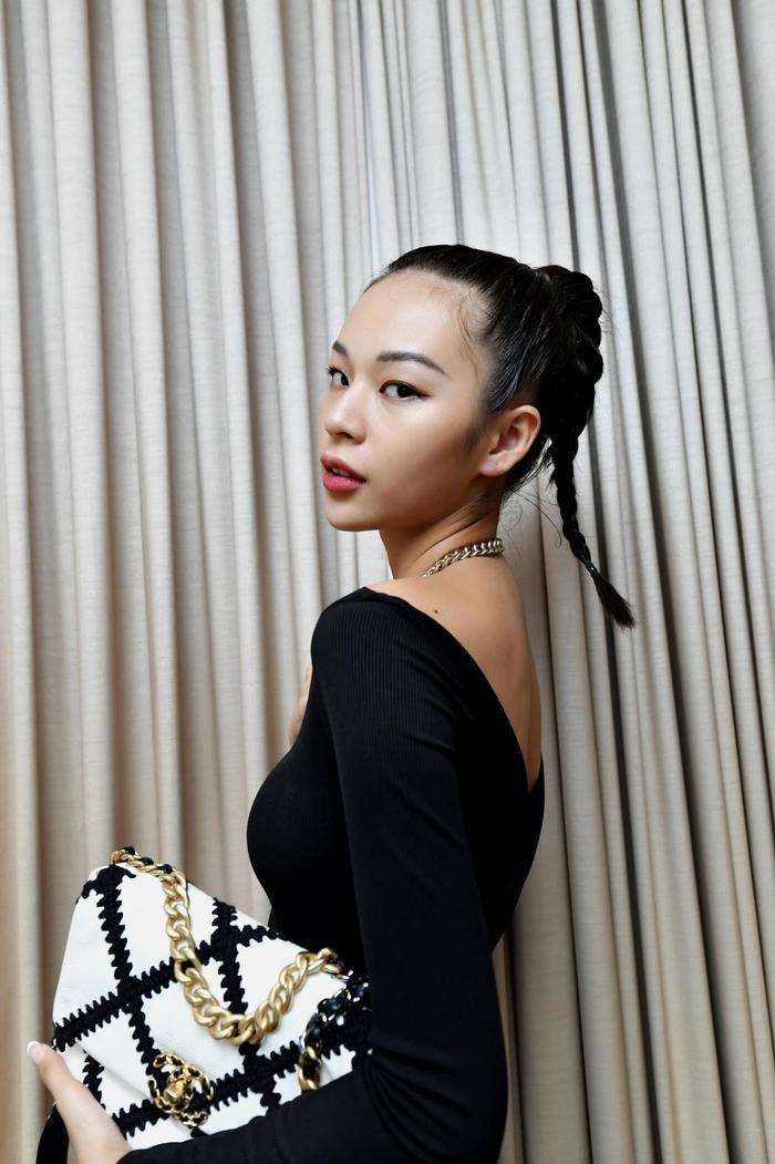 Phí Phương Anh tung ảnh comeback nhưng vì sao Chi Pu lại bị 'réo tên' nhiệt tình? Ảnh 10