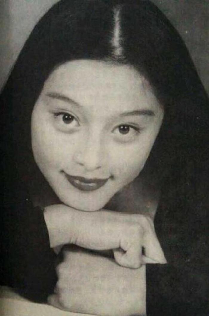 Vẻ đẹp của Phạm Băng Băng thời niên thiếu từng khiến trường học 'náo loạn' Ảnh 9
