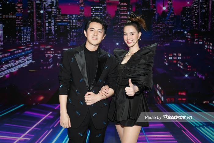 'Cất' bé Winnie ở nhà, vợ chồng Ông Cao Thắng tham gia GHVN New Generation: Mẹ bỉm Đông Nhi đẹp xuất sắc! Ảnh 1