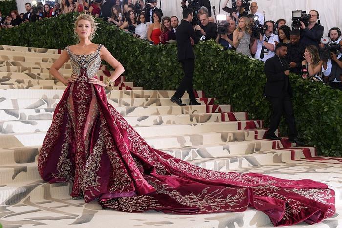 Đại tiệc thời trang Met Gala 2021 có gì khác biệt so với mọi năm ? Ảnh 1