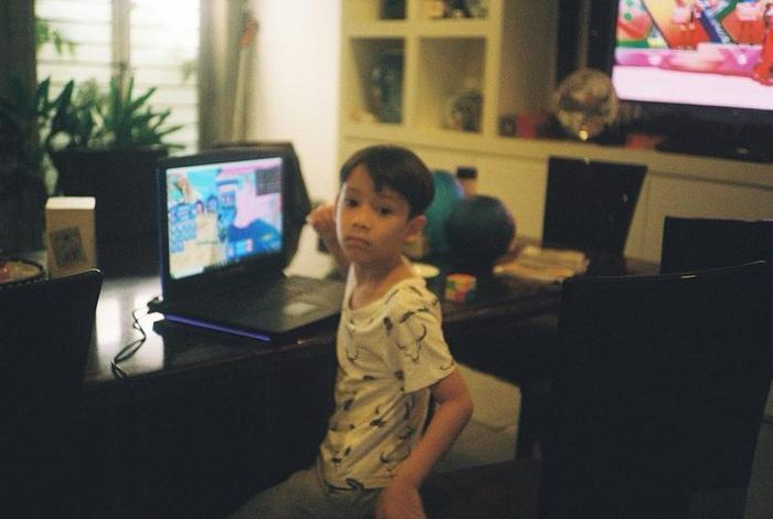 Hà Hồ háo hức khoe thành quả Subeo chụp ảnh 2 em sinh đôi: 'Out nét' nhưng ngập tràn tình cảm Ảnh 3
