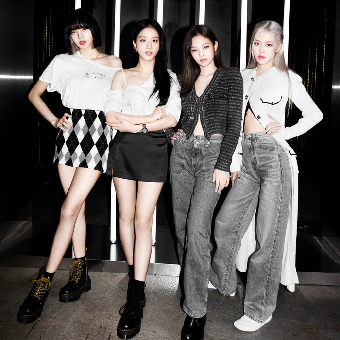 'Lovesick Girls' trở thành MV thứ 9 của BlackPink chạm mốc lượt view 'khủng' Ảnh 5