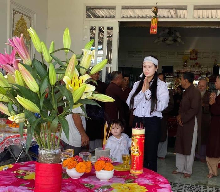 Linh Lan bức xúc nhắc tới vợ cũ Vân Quang Long: 'Yêu cầu Ái Vân không cử thêm bất cứ người nào tới nữa' Ảnh 3