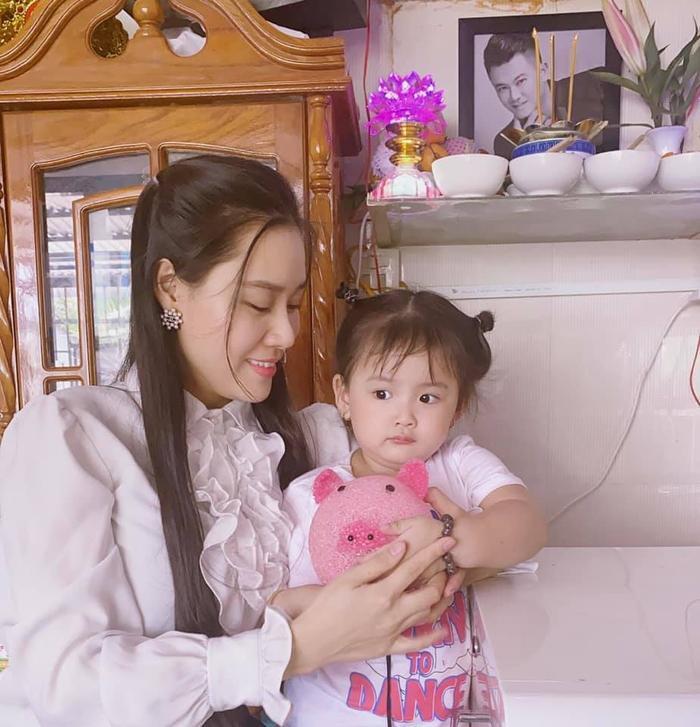 Linh Lan bức xúc nhắc tới vợ cũ Vân Quang Long: 'Yêu cầu Ái Vân không cử thêm bất cứ người nào tới nữa' Ảnh 4