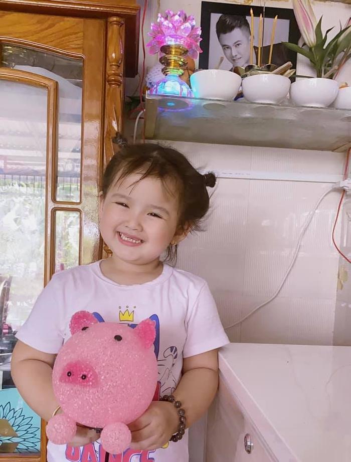 Linh Lan lần đầu nhắc tên người vợ cả Vân Quang Long, trực tiếp 'tố' về việc sử dụng tiền phúng điếu Ảnh 3