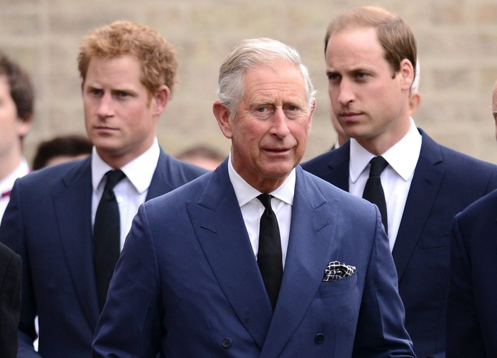 Thái tử Charles muốn đi dạo với Hoàng tử Harry trước khi con trai trở về Mỹ Ảnh 3