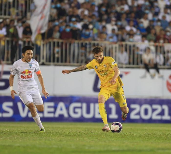 Phơi áo trước HAGL, Hà Nội FC còn dọa được ai? Ảnh 2