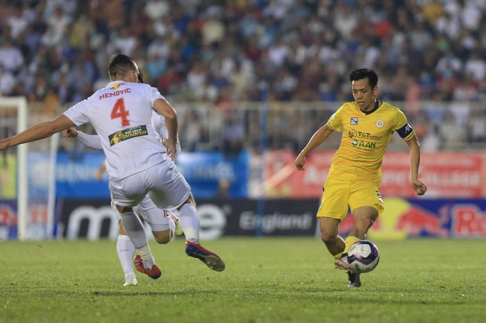 Phơi áo trước HAGL, Hà Nội FC còn dọa được ai? Ảnh 3