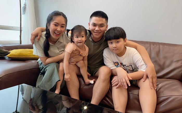 Lê Phương khoe con trai được chồng trẻ cắt tóc: Có ba cắt tóc là đẹp hơn bao người rồi Ảnh 2