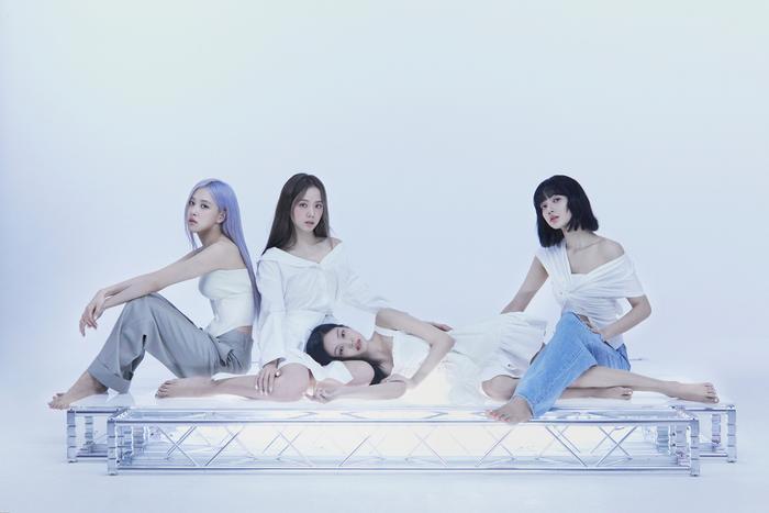 Đấu trường Kpop trên BXH World Album: 'BE' của BTS bị soán ngôi, BlackPink bất ngờ thêm trợ thủ Ảnh 4
