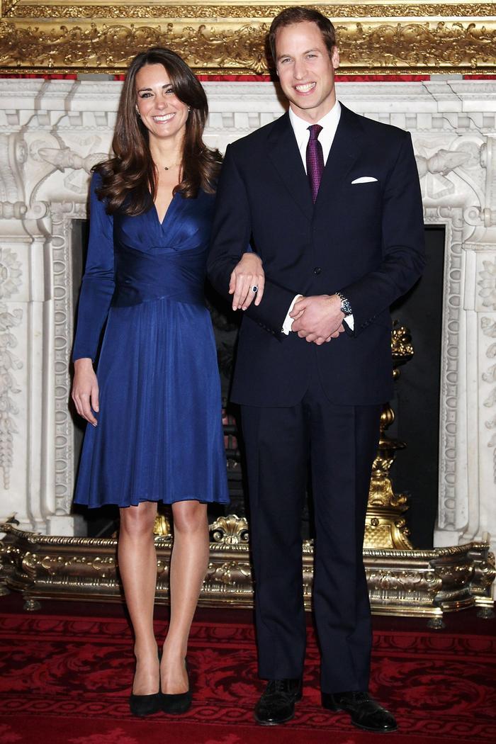 Chiếc váy xuyên thấu táo bạo của Kate đã 'đốn tim' Hoàng tử William Ảnh 5