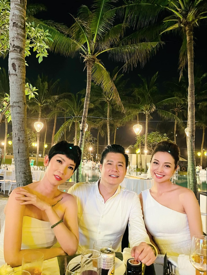 Dân tình 'dậy sóng' khi Quang Dũng hội ngộ vợ cũ Jennifer Phạm và tình cũ Thanh Thảo Ảnh 3