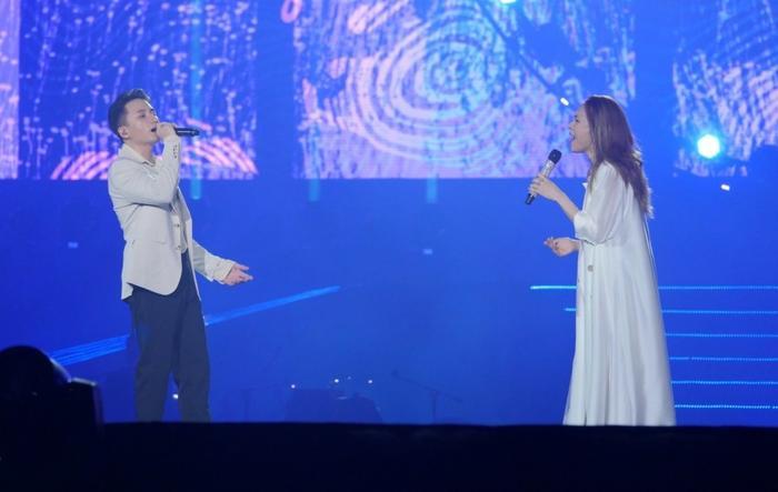 Mỹ Tâm tình tứ cùng Hà Anh Tuấn, nhắc về người yêu cũ trên sân khấu Tri âm Ảnh 7