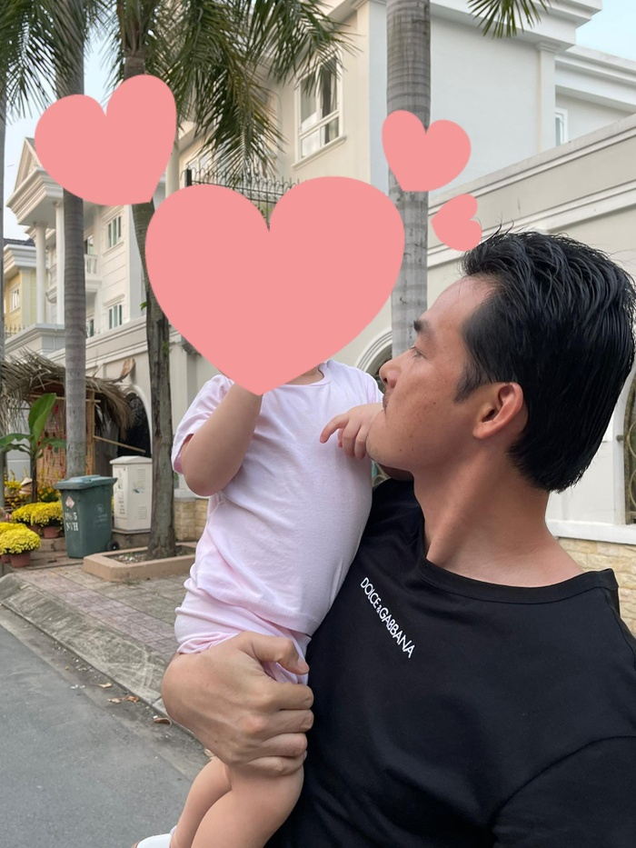 Quách Ngọc Ngoan hạnh phúc khoe khoảnh khắc bình yên bên con gái nhỏ giữa lùm xùm chia tay Phượng Chanel Ảnh 5