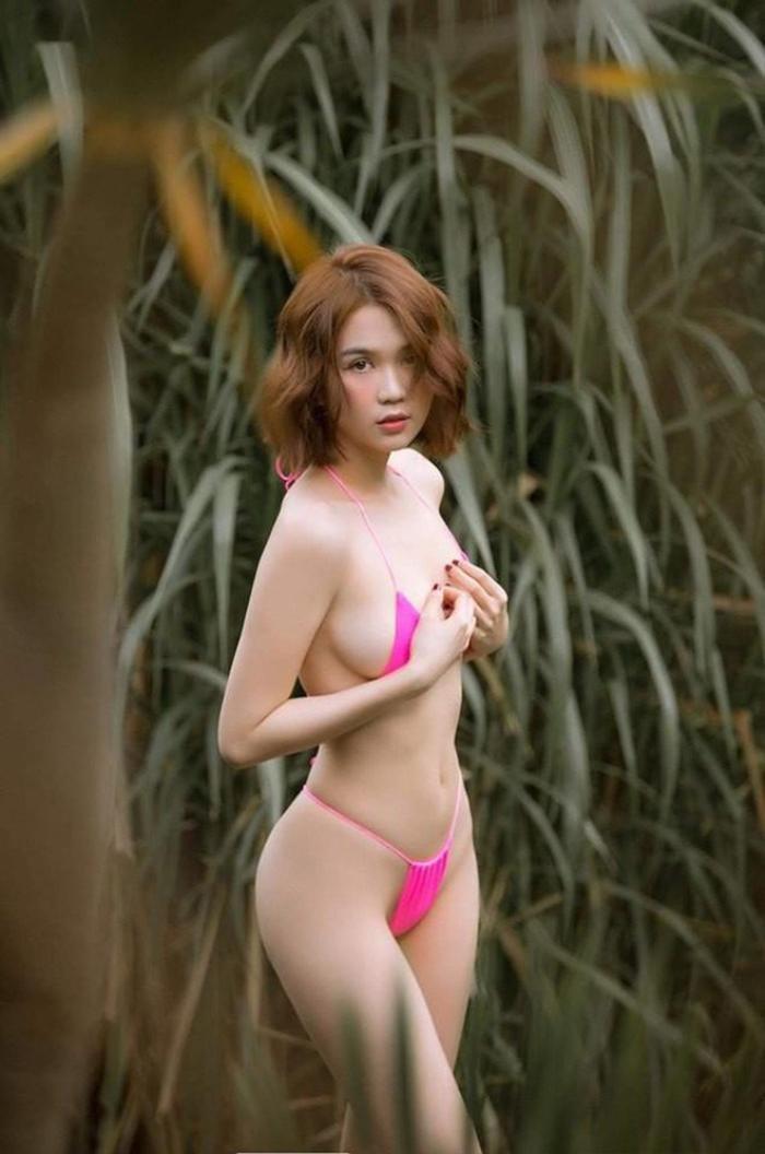 Chi Pu, Ngọc Trinh mê mốt bikini lửng lơ, quyến rũ đấy nhưng sóng đánh một phát thì coi chừng Ảnh 3