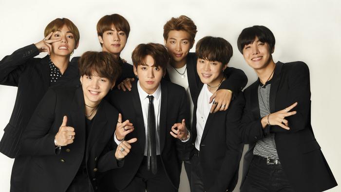 BTS càn quét Billboard Music Awards 2021, BlackPink nhận đề cử đầu tiên Ảnh 2