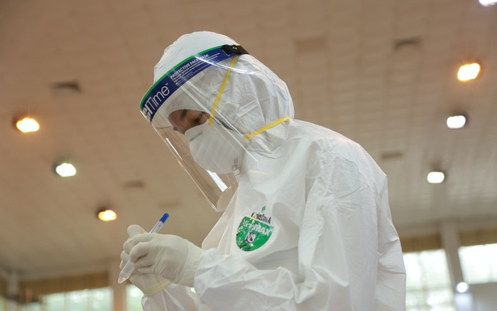 Ghi nhận 14 ca dương tính SARS-CoV-2, 11 ca được cách ly ngay sau khi nhập cảnh Ảnh 1