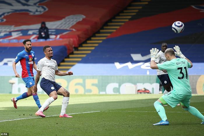 Man City vô địch Ngoại hạng Anh sớm 4 vòng nếu MU thua Liverpool Ảnh 1