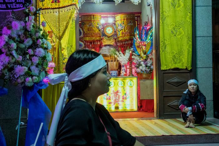 Phim điện ảnh gây sốc với ý tưởng độc lạ: Lấy 90% bối cảnh từ một đám tang thuần Việt Ảnh 5