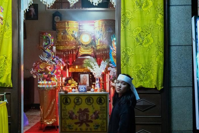 Phim điện ảnh gây sốc với ý tưởng độc lạ: Lấy 90% bối cảnh từ một đám tang thuần Việt Ảnh 2