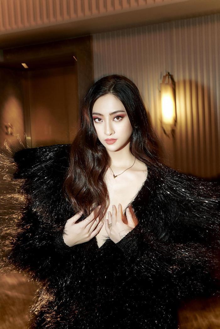 Soi sắc vóc không có đối thủ của Lương Thùy Linh: Quá áp lực cho tân hoa hậu Miss World Vietnam 2021? Ảnh 2