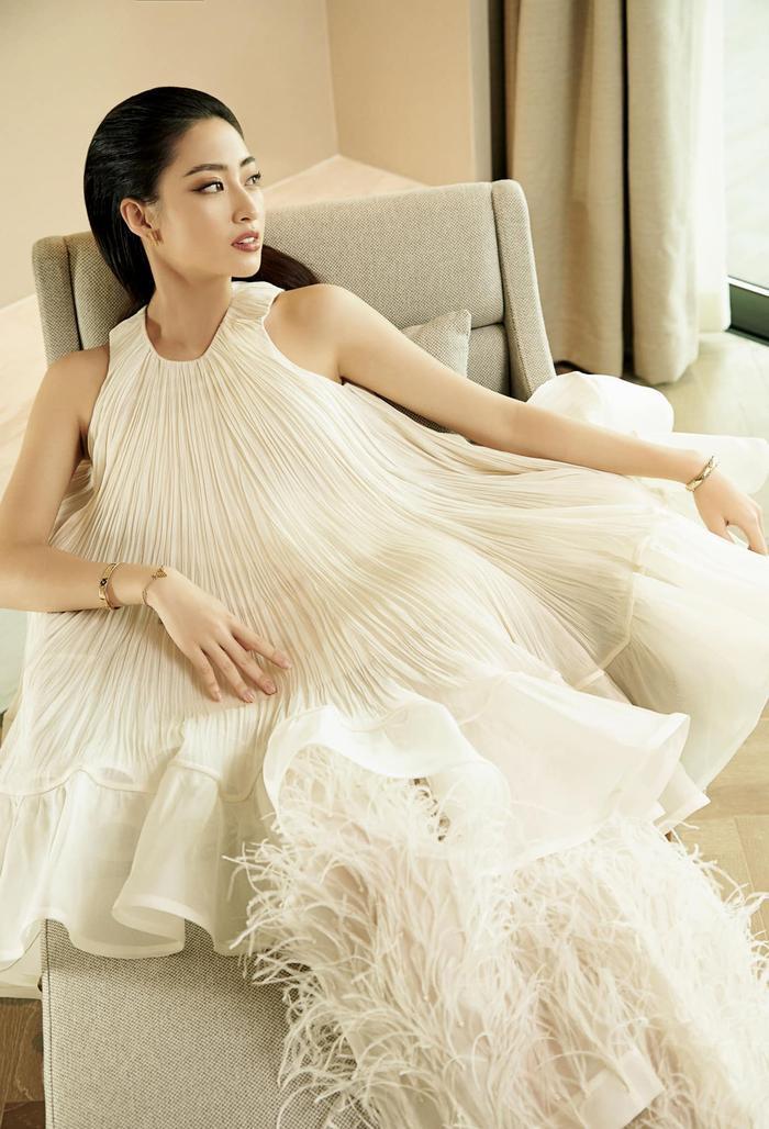 Soi sắc vóc không có đối thủ của Lương Thùy Linh: Quá áp lực cho tân hoa hậu Miss World Vietnam 2021? Ảnh 5