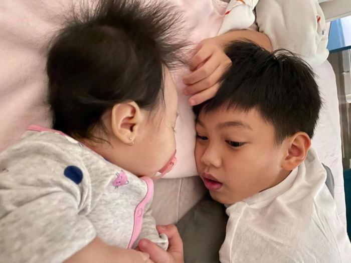 Subeo rửa siêu xe cho bố Cường Đô la trước khi qua nhà mẹ Hà Hồ chơi với 2 em Lisa - Leon? Ảnh 5