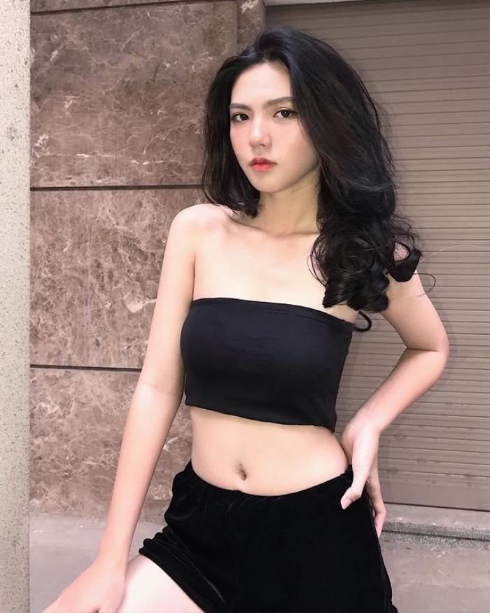 Nhan sắc ngọt ngào, nóng bỏng của Hồng Khanh - nữ sinh người Việt được mời tham dự 'Sáng tạo doanh 2022' Ảnh 15