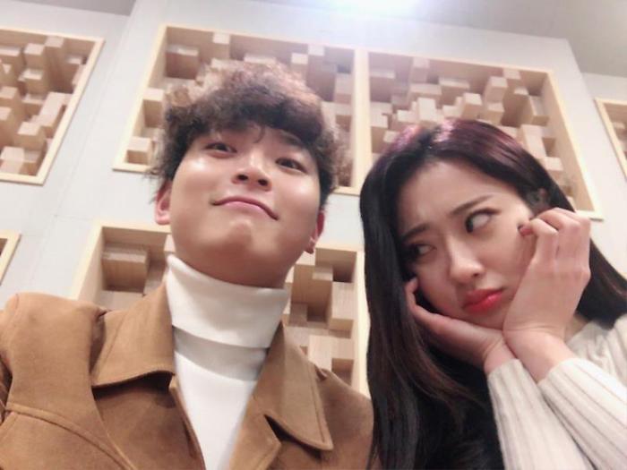 Jinwoon (2AM) - Kyungri (9MUSES) xác nhận chia tay sau 4 năm hẹn hò Ảnh 4