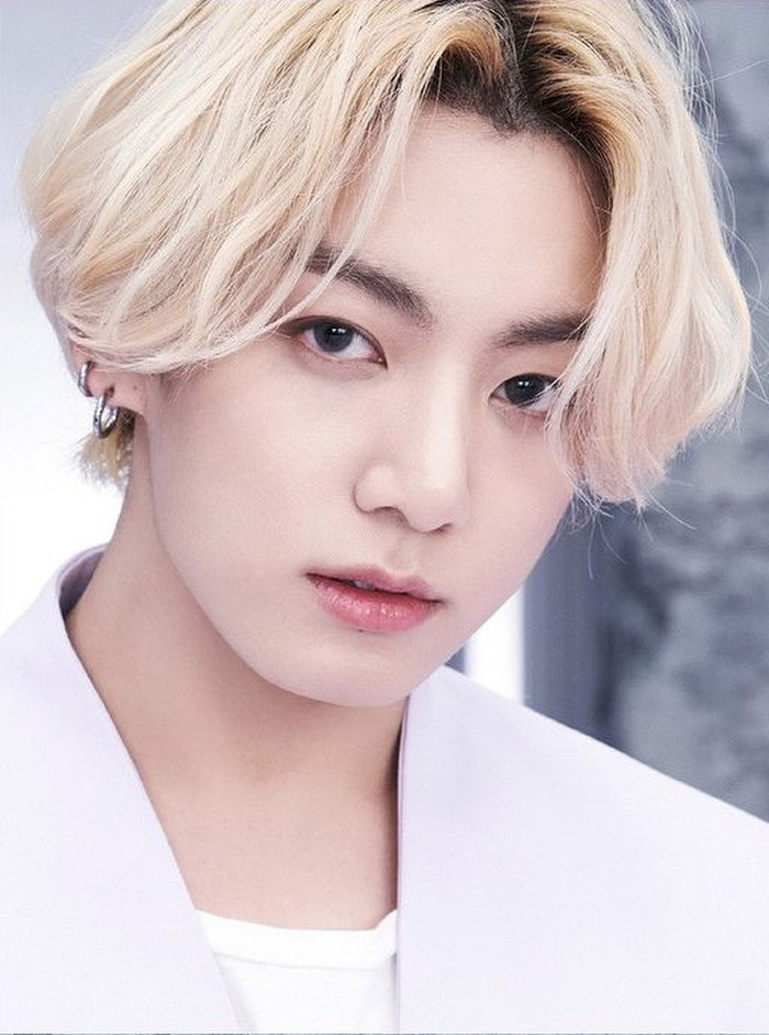 Jungkook (BTS) là nghệ sĩ Hàn đầu tiên làm được điều này trên BXH Billboard Ảnh 6