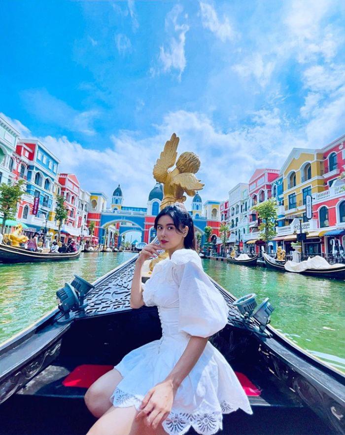 Trương Quỳnh Anh và Tim cùng đưa con đến Phú Quốc, cặp đôi nối lại tình xưa hay gì? Ảnh 1