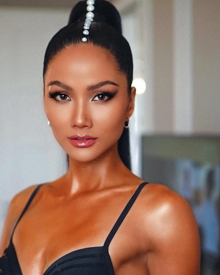 Bị chê Top 5 Miss Universe chưa đủ trình để ngồi ghế giám khảo: H'Hen Niê đáp trả anti-fan cực khéo! Ảnh 4